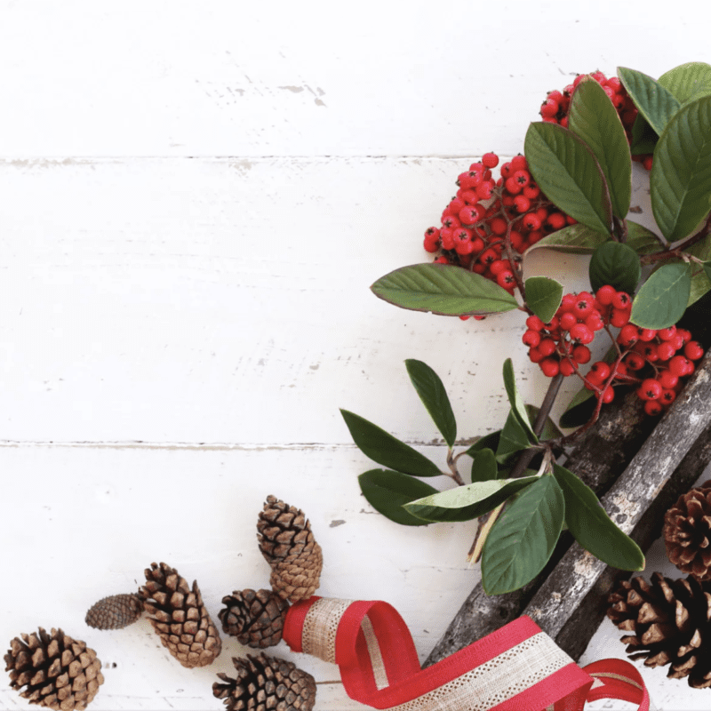 Holiday Decor, Simplified